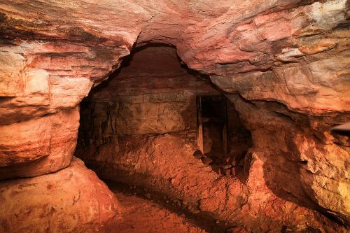 Những lối đi trong hang. Ảnh:Alexei Gurevich/Sputnik News.