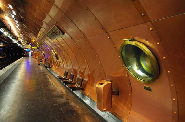 Chiêm ngưỡng 9 ga tàu điện ngầm đẹp nhất thế giới: Lộng lẫy không thua gì bảo tàng nghệ thuật - Ảnh 15.